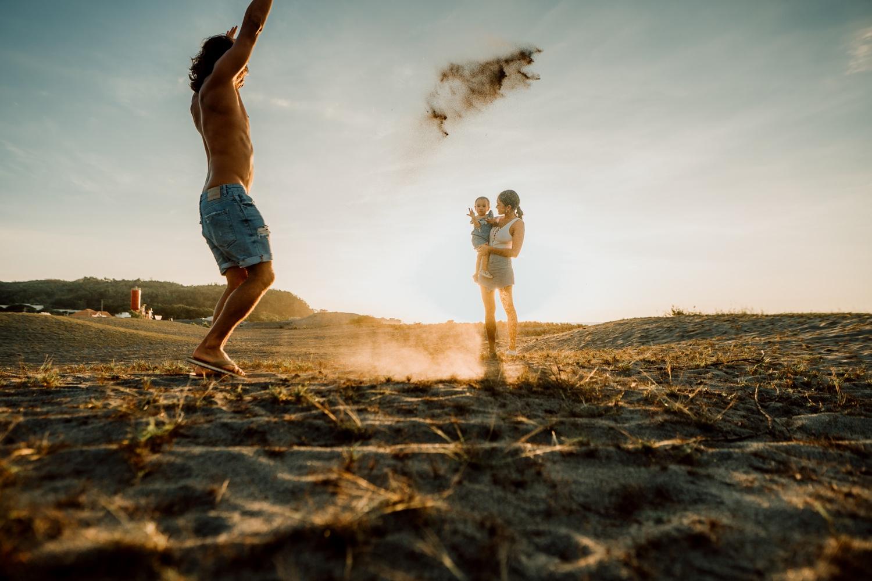 Stories by Mina - Luke Landrigan Danika Nemis Luna Landrigan La Union Family Beach Photographer